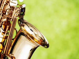 a close up image of a saxophone